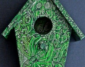 Green Insect of the dead Bird House