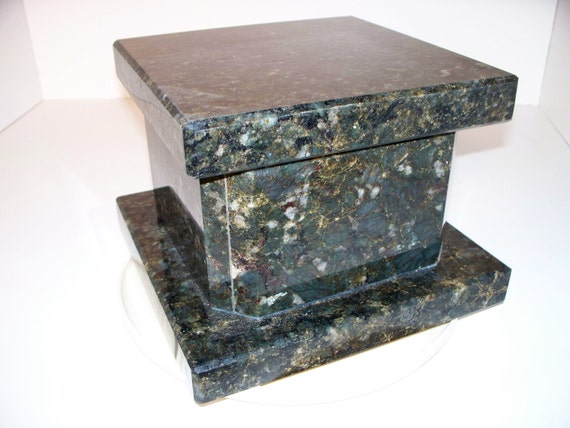 Cremation Urn Green Granite Keepsake Box Handmade         Uba Tuba and Verde Butterfly Free Shipping