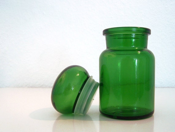 Vintage // Apothecary Jar // Belgium // Green Glass