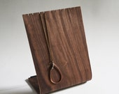 Bent Plywood Necklace Stand