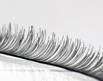 G-001  / Doll Eyelashes / 8 mm X 200 mm / Black
