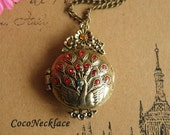 M156 very beautiful antique bronze peacock locket necklace with charming crystals 1pc 32x47mm