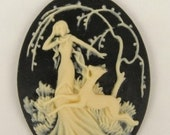 1 Beautiful Woman with Deer Resin Cameo - 40x30mm