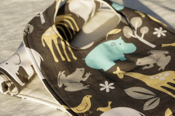 Zoology Bib and Burp Cloth Gift Set with 100% Organic French Terry