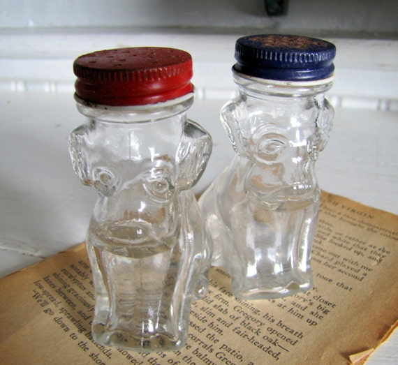 Vintage Glass Dog Shakers, Salt and Pepper, Dog Salt and Pepper Shakers