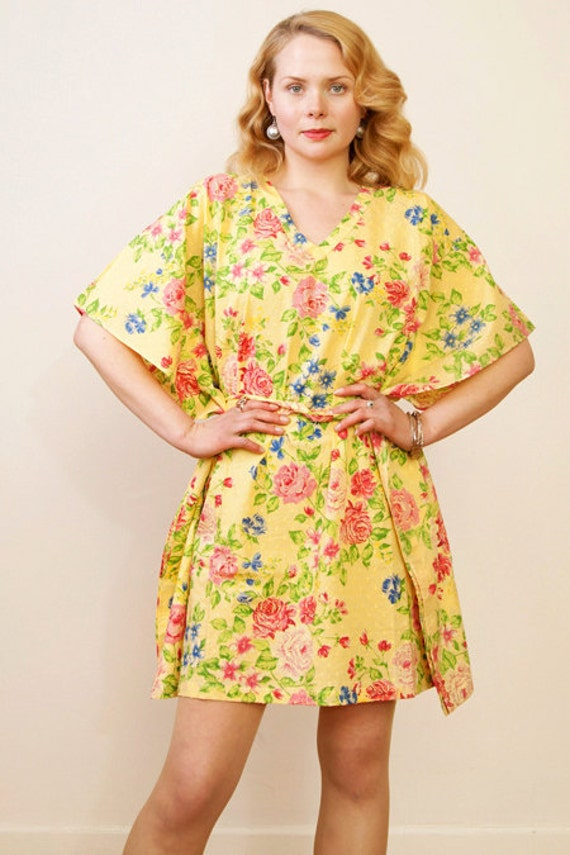 GARDEN OF SUNSHINE Cotton kaftan dress in a sunny yellow floral print. Lounge wear, oversize dress or beach cover up. Maternity kaftan.