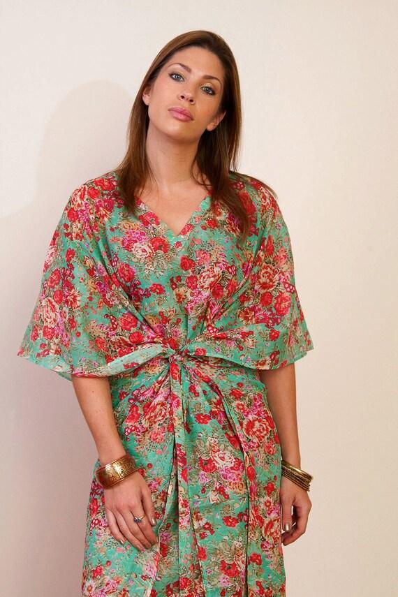 SEA SPRAY Short Cotton kaftan dress in floral print. Bridesmaids robe, beach cover up, summer dress. Hospital gown.