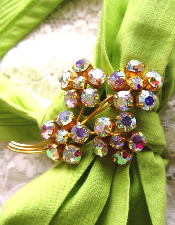 Forget Me Not Vintage 1960s Aurora Borealis Brooch Pin