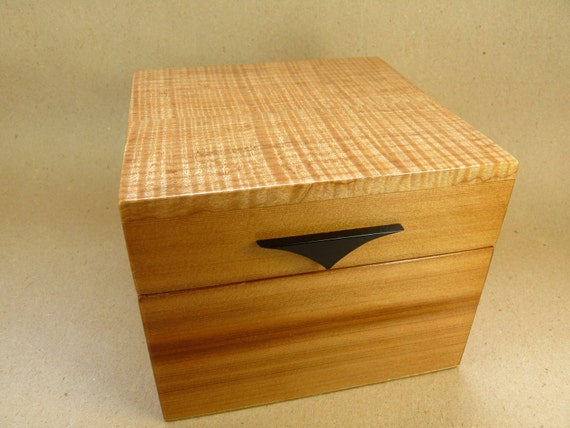 Large Recipe Box Photo Storage File in Tiger Maple