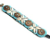 Beaded bracelet- Handmade Unique Bracelet - Sea Shells bracelet - Blue - Wooden buttons - Summer bracelet - Blue Beaded Shell Cuff Bracelet
