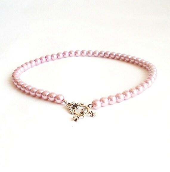 Elegant pink glass bead necklace.. Wedding necklace- Elegant necklace- Bride Pendant- Very special, metal, silver color lock.. OOAK