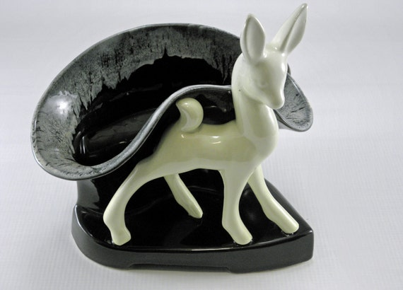 Vintage TV lamp, 1950s deer planter lighted to use on TV or use as a table lamp