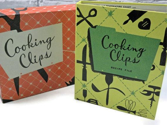 Vintage Recipe book holder Kitchen Clips Recipe File Un Used