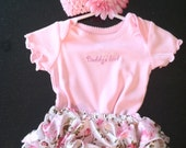 Newborn - 3 months baby girl ruffle bloomer set