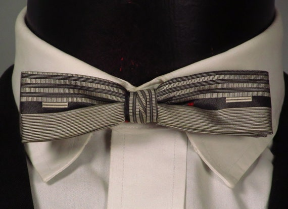 Vintage Mens Bowtie 1950s 1960s Silver and Black Rockabilly Mens Clip-On Bowtie