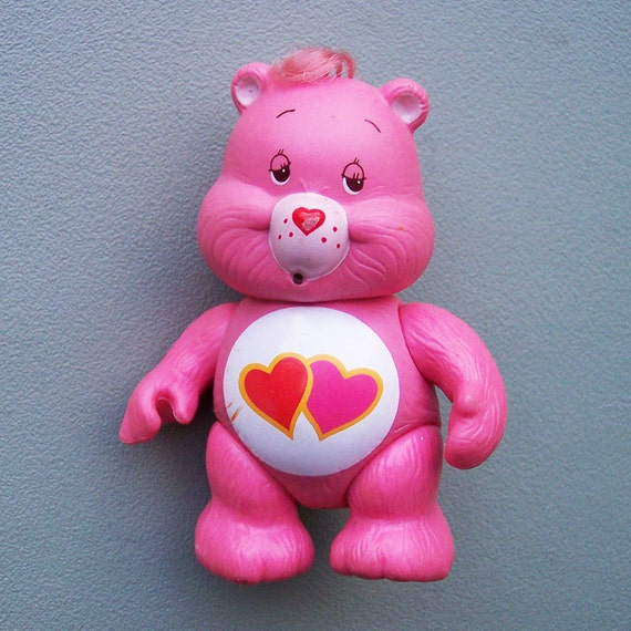 Vintage 1983 Care Bears Love-a-lot Bear