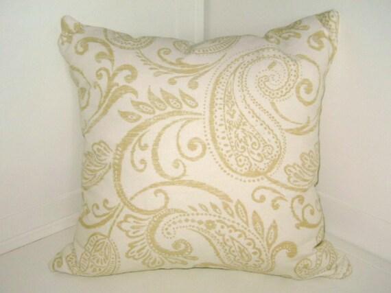 Elegant Shabby Chic Paisley Pillow Cover by FlufffnStufff