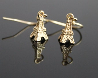 Tiny Tour Eiffel dangle gold earrings, simple everyday jewelry