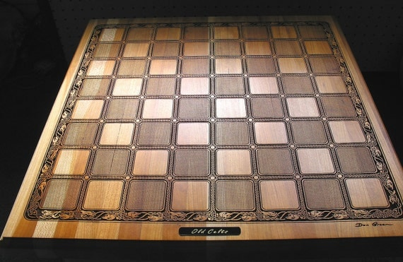 Stunning Cherry Wood OLD CELTS Chessboard with Noble Celts chess pieces