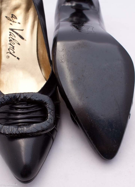 Sale price! Buy them! Witchy woman 80s by way of the 60s black pointy pumps by a.j. Valenci, US womens size 6M, worn once.