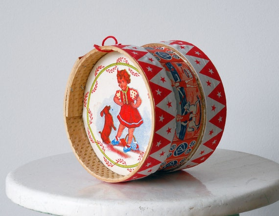 Traditional Portuguese Drum Toy on Portugal Pop