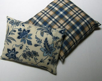 Pair of decorative throw pillow covers georgous blue bouquet on cream canvas and matching plaid set