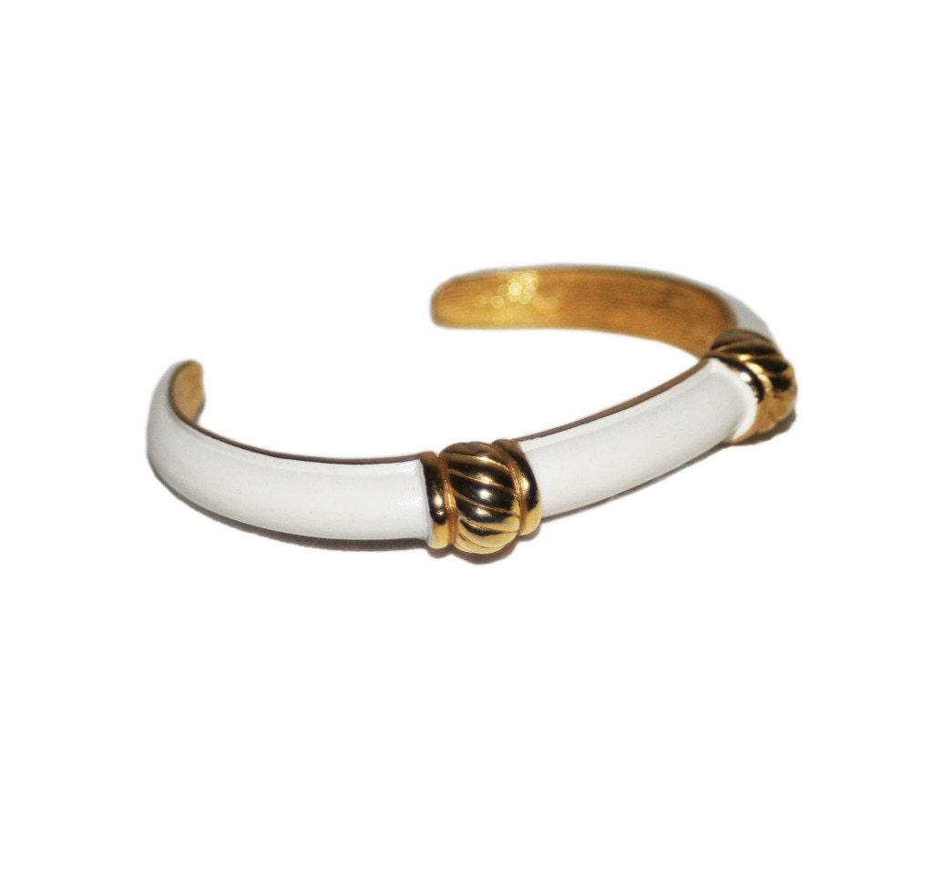 vintage white trifari bracelet