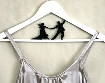 Dancing Bride and Groom Hanger for Weddings - HangOnMe - Personalize hangers