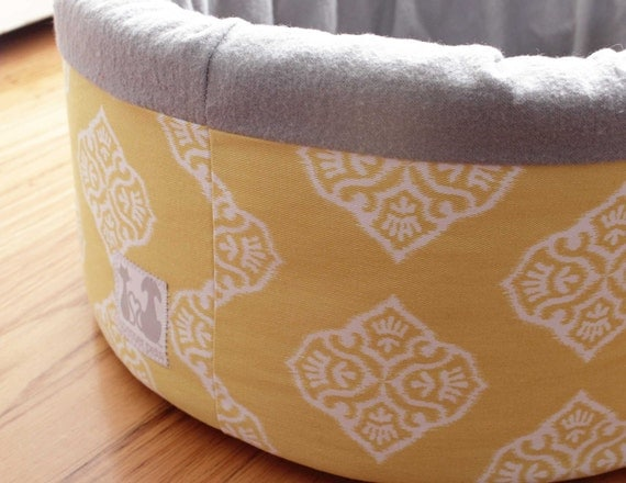 "Modern Cat Bed 12"" Self Warming in Yellow Ikat Print"