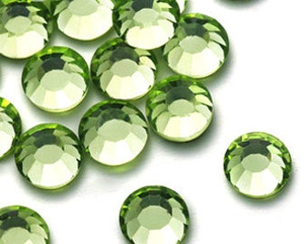 Light Green (Peridot) 144pcs Flat back Rhinestones in 2mm 3mm 4mm 5mm or 6mm Non Hotfix