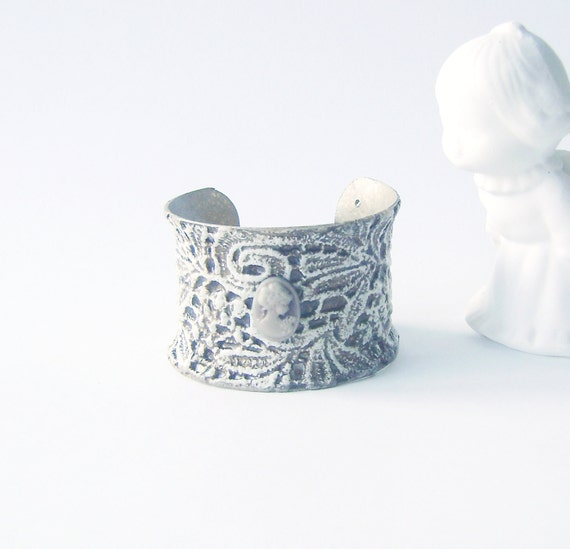 Victorian Vintage Style Metal Lace Cameo Cuff Bracelet