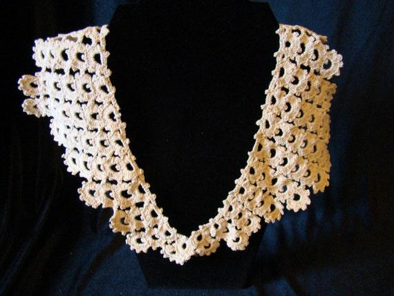 Vintage Hand Crocheted Collar, Ecru Color, Very Unique