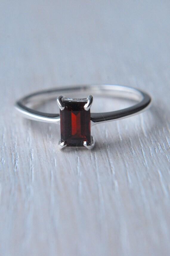 Genuine Garnet Sterling Silver Ring size 6