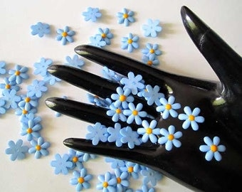 40Pcs Blue DAISY Resin Flower Flatback beads - 15mm. - cabochons Wholesale Lot - for card craft scrapbook Make Hair clips