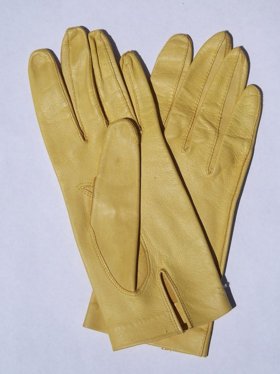 Fine Kid Gloves Bright Yellow Woman's Size Small