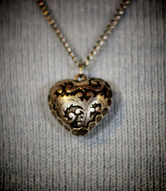 Vintage Heart of Foliage charm Necklace