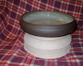 Medium Sized Light Green Salad Bowl