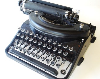 30s 1936 Underwood Noiseless Portable 77 Typewriter a True Original