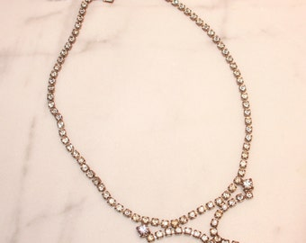 Brilliant vintage French paste paste necklace - simple, yet snazzy for any occasion