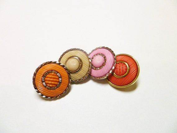 FREE SHIPPING - 11 Vintage Pastel Coral Sew on Button Set