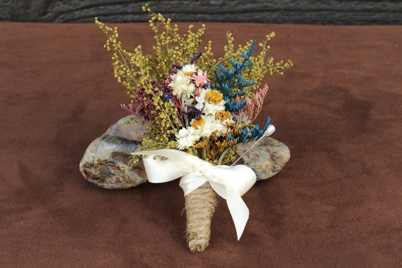 Rustic Farmhouse Wedding Grooms Boutonniere, Wildflower Boutonniere, Grooms Boutonniere, Dried Flower Boutonniere, Country Chic Boutonniere