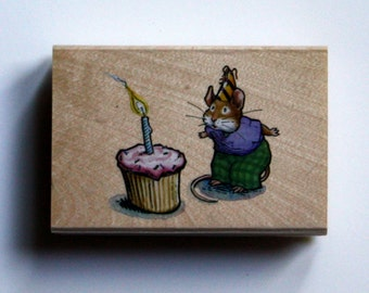 Town Mouse Birthday Cupcake Rubber Stamp Brand New