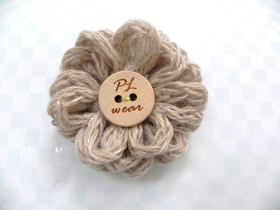 Flower brooch - Light brown sequined knitted yarn flower brooch