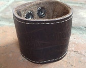 "large wide adjustable brown 8.5"" x 2"" leather  rockstar cuff w/ secret zipper pocket"