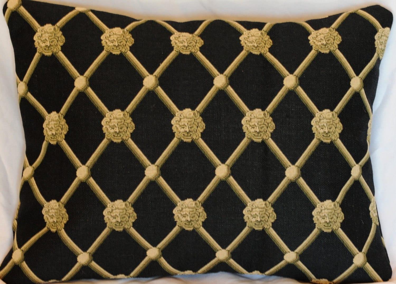 lion 39 s lattice pillow black and gold lattice by cushpillowdesign. Black Bedroom Furniture Sets. Home Design Ideas