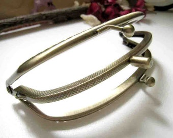 4.5 Inch Antique Brass Metal Sewing Double Clip Purse Frame - 1pc