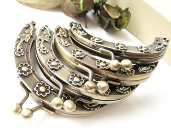 9 cm Antique Brass Flora Pattern Embossed Half Round Metal Sewing Purse Frame with Clasp Clip - Set of 4pcs