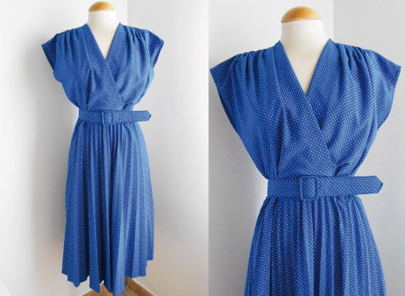 Reserved for Catherine / Pleated Polka Dots Vintage Dress / 50s Dress / Klein Blue / Spring Summer Fashion / Size L