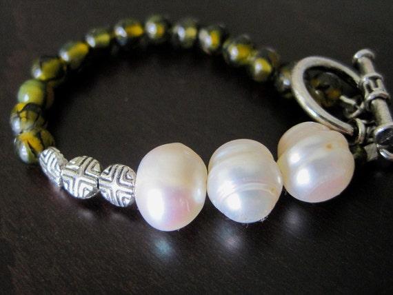 33% OFF - Asymmetrical Pearls, Silver & Moss Agate Bracelet