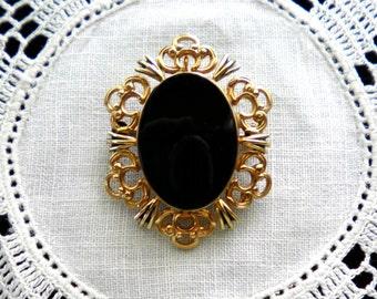 Signed WINARD Victorian design Vintage Gold Filled Brooch Pin c1950